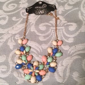 Vintage accent necklace